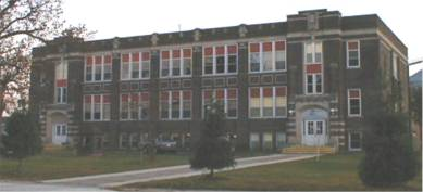 Lamont Community School
